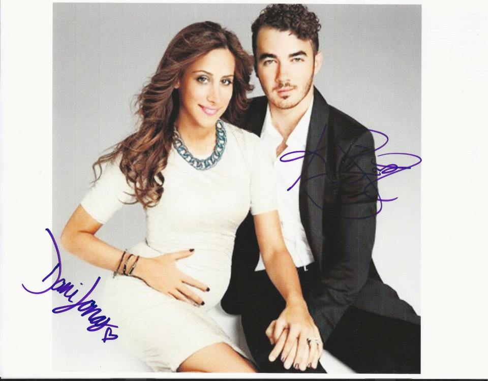 Dani and Kevin Jonas